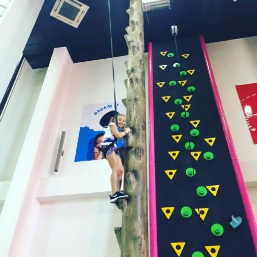 pp-climbing-wall