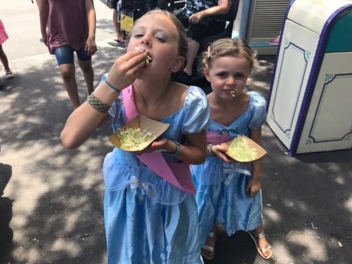 photo girls eating salad Magic Kingdom